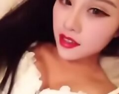 Chinese girl seduce on bed  [ AsiGirl porn video  ]