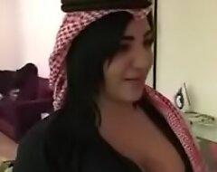 sexy arab cookie شاهد كيف سوف تخلع ثيابها