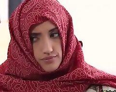 Hawt Arab hijab girl sex glaze