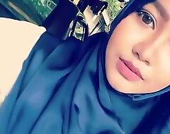 hijab main dimobil full :_ tube porn  video yxnczehk
