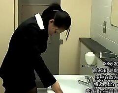 厕所强奸极品女白领上司