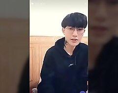 Hotboy đẹp trai Jun Hoàng
