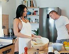Cooking milf jasmine jae bakes a cake while bei...