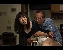 Japanse schoonvader en schoondochter (Zie meer: bit.ly porn 2ReMYhc)