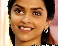 Actresseshotphotoxxx fuck movie Deepika padukone sexy sexy cleavage