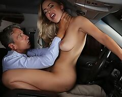 Exotic hottie gets eaten out and fucked in the car
