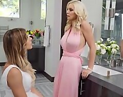 Cheating Join in matrimony (Casey Kisses) Fucks (Kenzie Taylor) Pussy - Transangels