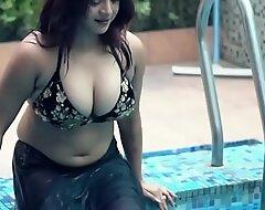naked bhabhi saree
